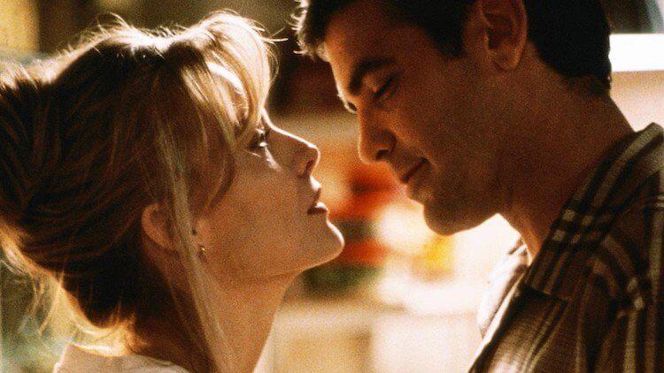 蜜雪兒菲佛與喬治克隆尼 1996 年主演電影《一日鍾情》。
