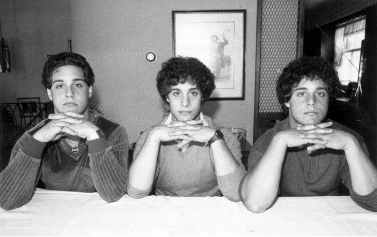 《三個一模一樣的陌生人》劇照。