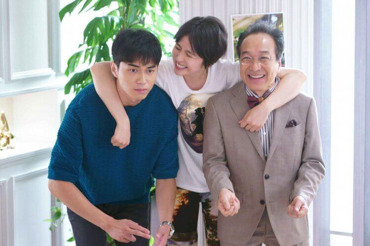 從日劇紅到拍電影的《信用詐欺師 JP》,東出昌大、長澤雅美與小日向文世「詐欺金三角」私交甚篤。