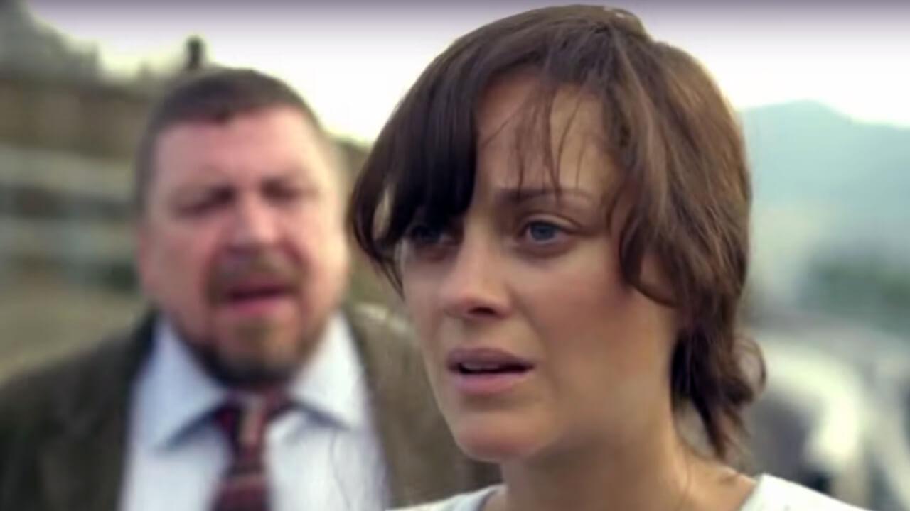 葛妮斯派楚-飾演研發疫苗的艾莉