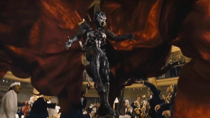 在 新線影業 推出《 刀鋒戰士 》之前的《 閃靈悍將 》表現並不佳。