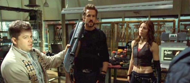 《 刀鋒戰士3 》劇照,左為 : 派頓奧斯華特 。