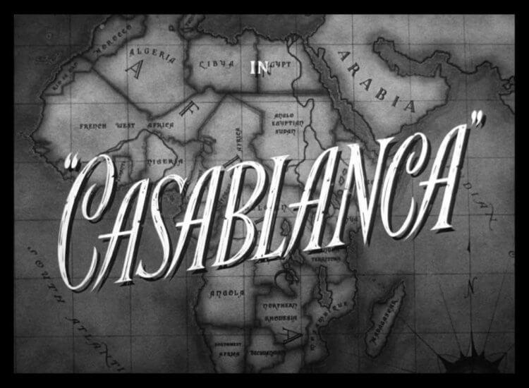 變更後的電影名為《北非諜影》(Casablanca)。