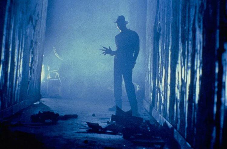 《半夜鬼上床3:猛鬼逛街》劇照。