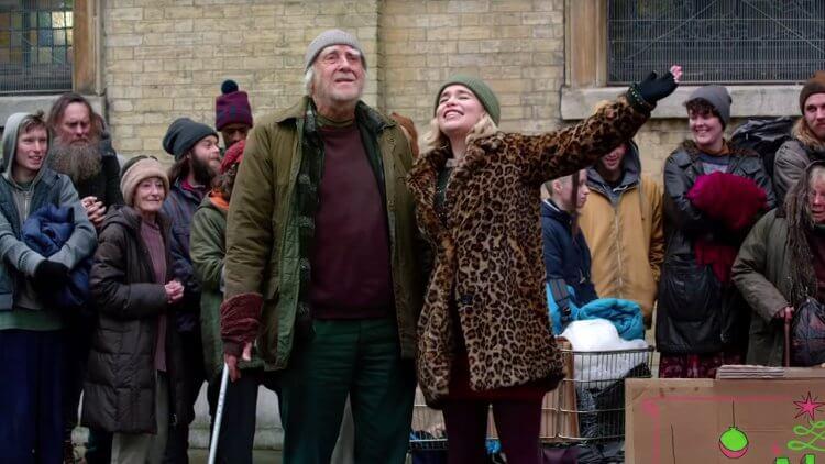 艾蜜莉亞克拉克、亨利高汀主演的《去年聖誕節》有許多動人場景。