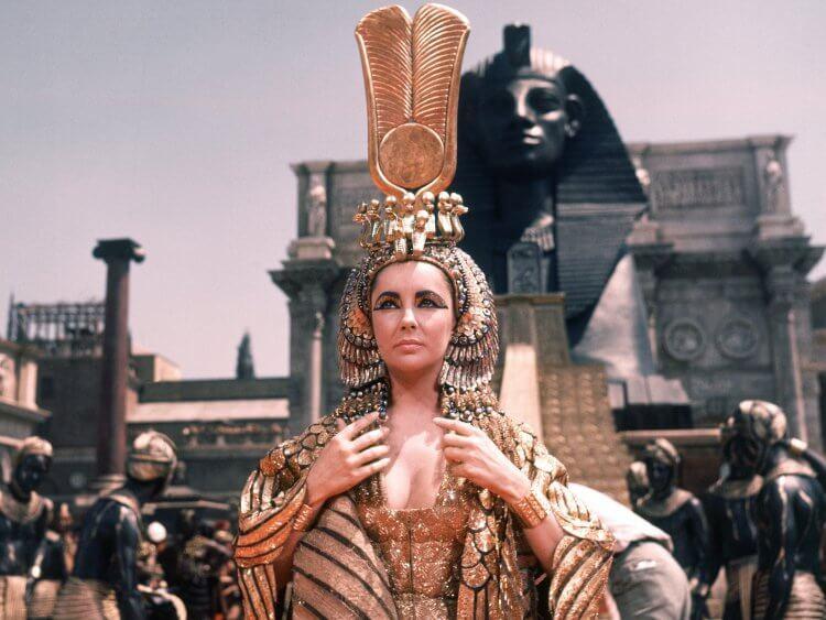 《埃及豔后》伊麗莎白泰勒。