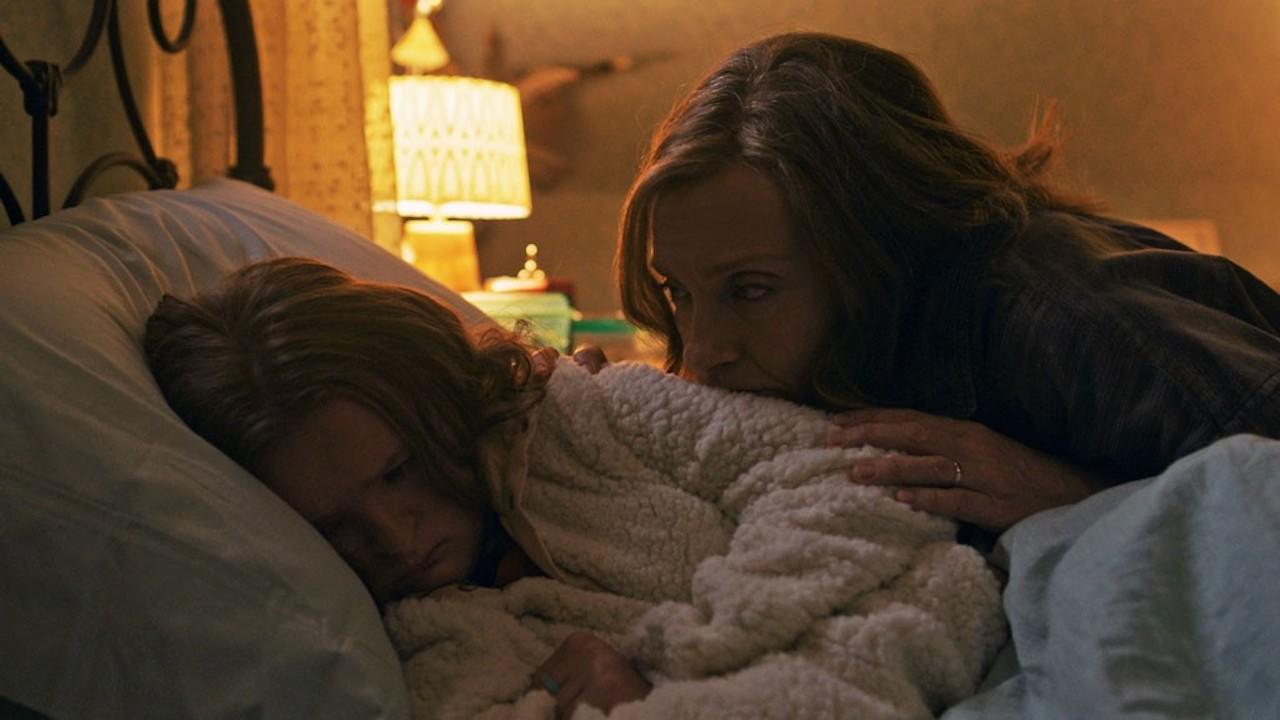 《 宿怨 》中的安妮,雖然討厭母親對自己所做的一切,但自己也將那些加諸在她的骨肉身上。