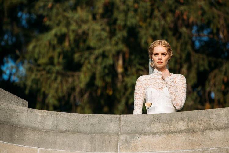 由薩瑪拉威明主演的《弒婚遊戲》在北美上映時媒體盛讚,嫁入豪門卻被迫參與死亡獵殺遊戲。
