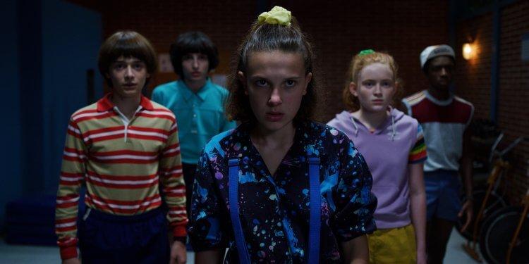 由「伊萊雯」米莉芭比布朗領銜主演的熱門影集《怪奇物語 3》已可透過 Netflix 串流影音平台線上看。