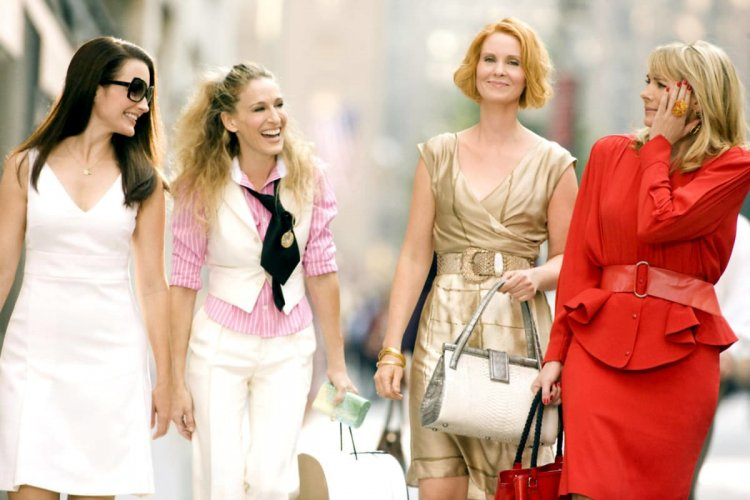 《慾望城市》「凱莉」莎拉潔西卡帕克、「米蘭達」辛西亞尼克森以及「夏綠蒂」克莉絲汀戴維斯,「莎曼珊」金凱特羅
