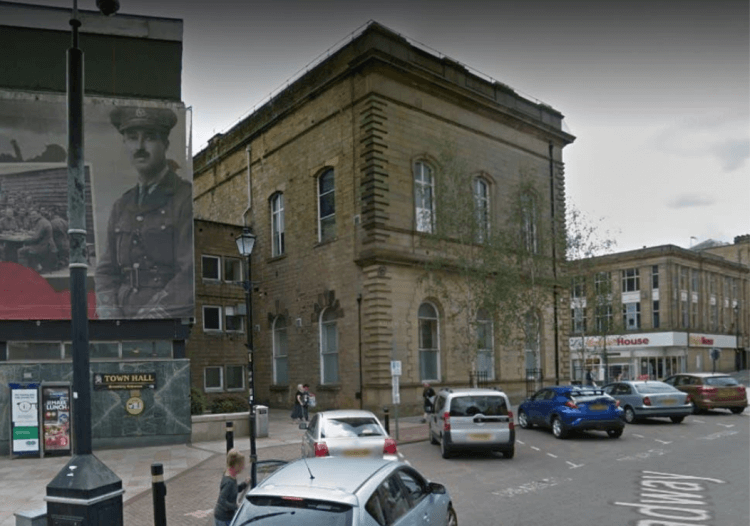 傳出詭異事件的英國舊警局。