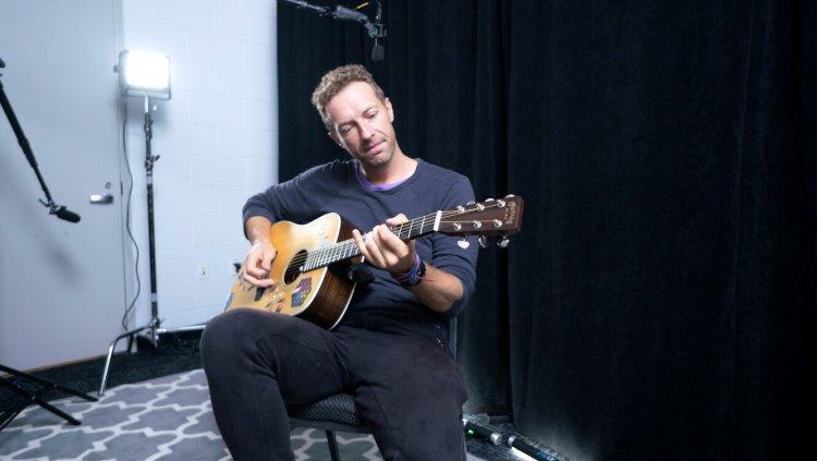 音樂紀錄片電影《搖滾農莊錄音室》酷玩樂團主唱克里斯馬汀。