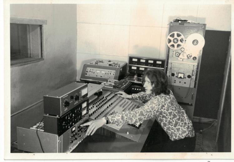 音樂紀錄片電影《搖滾農莊錄音室》中錄音室創辦人之金斯利沃德