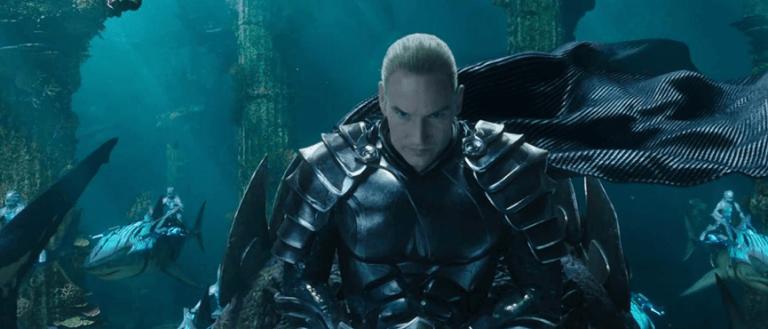 《水行俠》中,由派翠克威爾森飾演「海洋領主」歐姆馬略斯,他是亞瑟同母異父的弟弟。