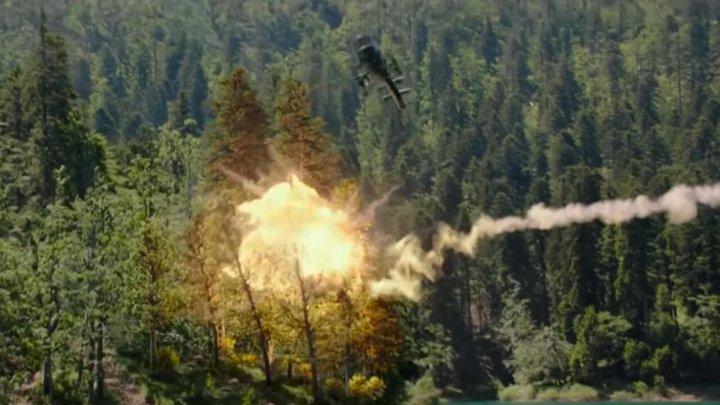 《 潛龍突擊隊 》中的運鏡能帶給觀眾超乎劇情以外的感觸。
