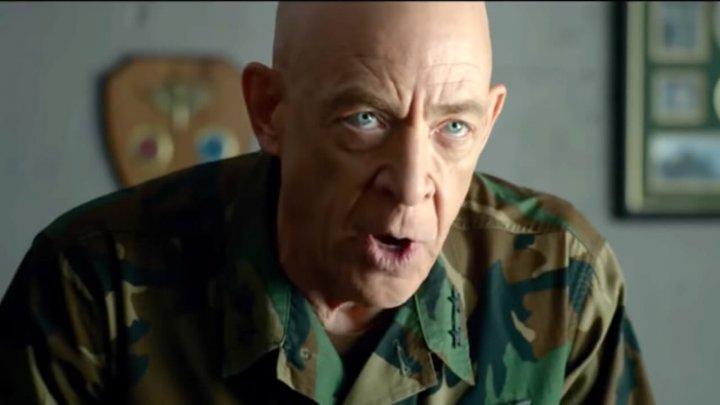 J.K.西蒙斯 在《 潛龍突擊隊 》中飾演的長官,是本片最畫龍點睛的部份。