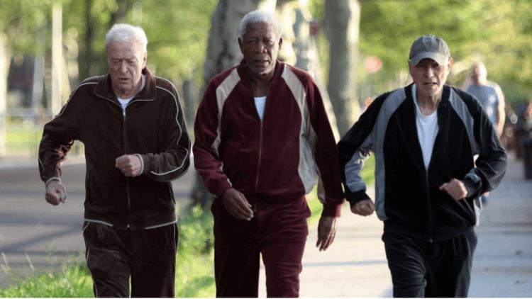 翻拍自 1979 年《三個老槍手》的 2017 年電影《瀟灑搶一回》,摩根費里曼、米高肯恩、亞倫阿金演出老年人在社會所碰到的困境與問題。