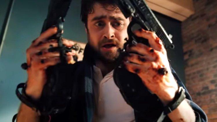 《玩命 Online:雙槍對決》(Guns Akimbo) 劇照。