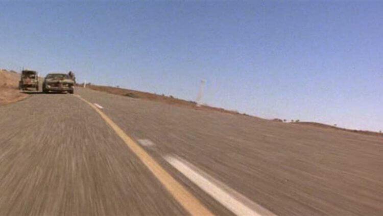《瘋狂麥斯》系列一定要在極度荒涼的荒郊野外拍攝