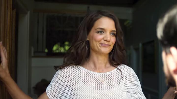 查寧坦圖 之女 凱蒂荷姆斯 在 《 羅根好好運 》 劇照 。