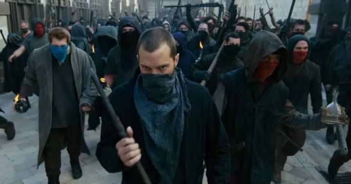 和以往的羅賓漢電影不同,《 羅賓漢崛起 》改走現代風,令人耳目一新。