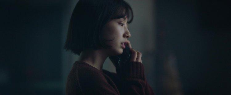 《聲命線索》朴信惠飾演書妍。