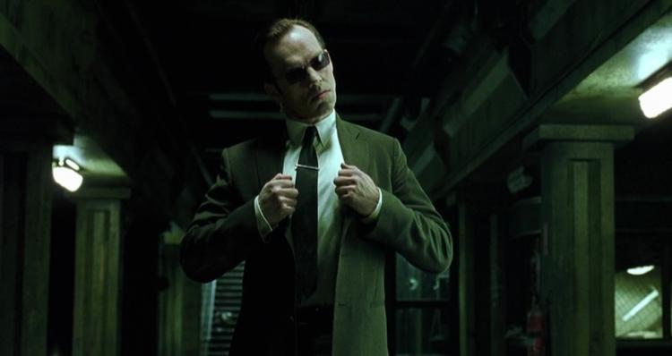 《駭客任務》雨果威明。