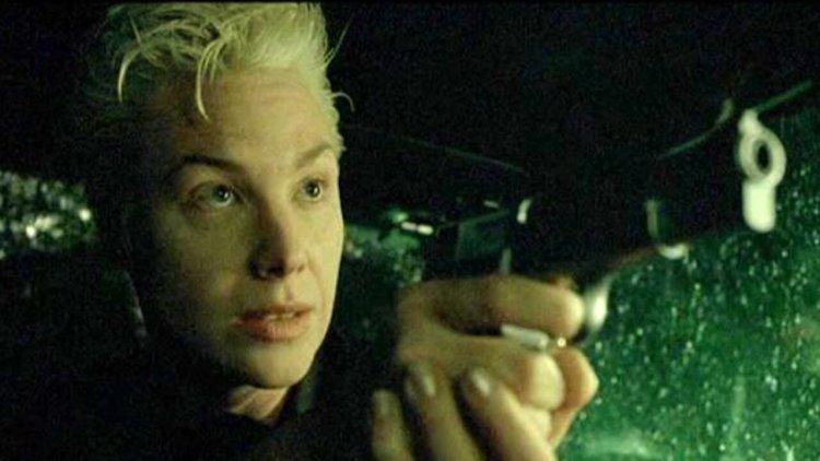 投射自身狀態於蘇薇琪身上 !莉莉華卓斯基表示《駭客任務》其實是部「跨性別文化寓言」首圖