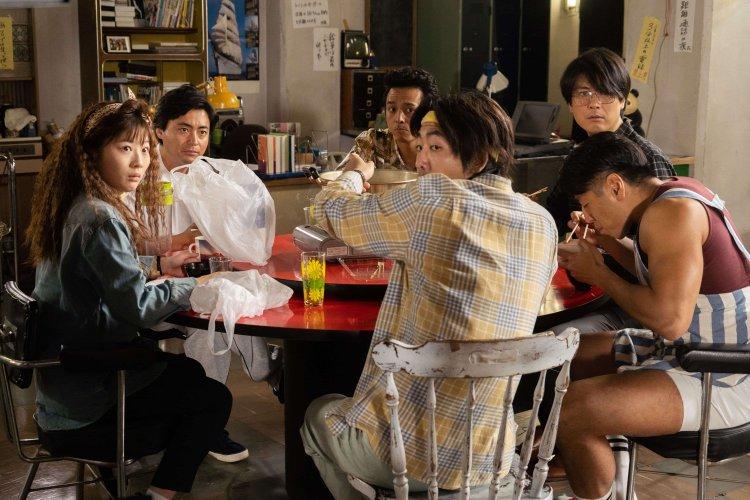 Netflix 大尺度日劇《AV 帝王》(全裸監督)有山田孝之、玉山鐵二等超豪華卡司。