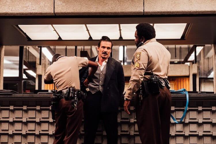 「十字骨」法蘭克葛里洛被瘋狂追殺,能否死裡逃生?