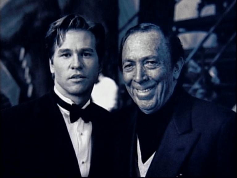 肯恩與方基墨的合影。