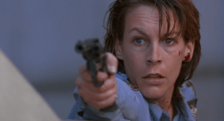 《藍天使》故事最後,女警已經不再是那個怯懦的菜鳥了。