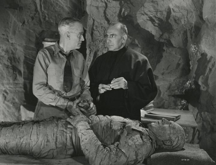 《 木乃伊之手 》奠定了好萊塢新的電影路線──