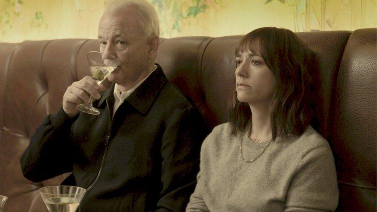 【線上看】比爾莫瑞 Apple TV+ 新片《人生觸礁時》演花心老爸,他能拯救女兒觸礁的婚姻嗎?首圖