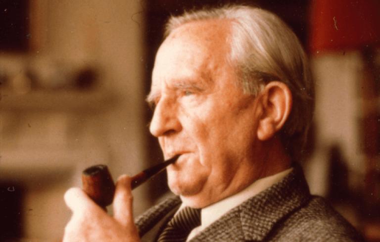 魔戒與哈比人的原作作者 J·R·R·托爾金 (JRR Tolkien)