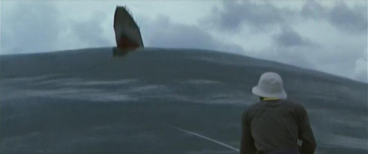 2001 年日本東寶的《哥吉拉·摩斯拉·王者基多拉 大怪獸總攻擊》(終極酷斯拉)中,有影射《酷斯拉》才不是哥吉拉的台詞安排。