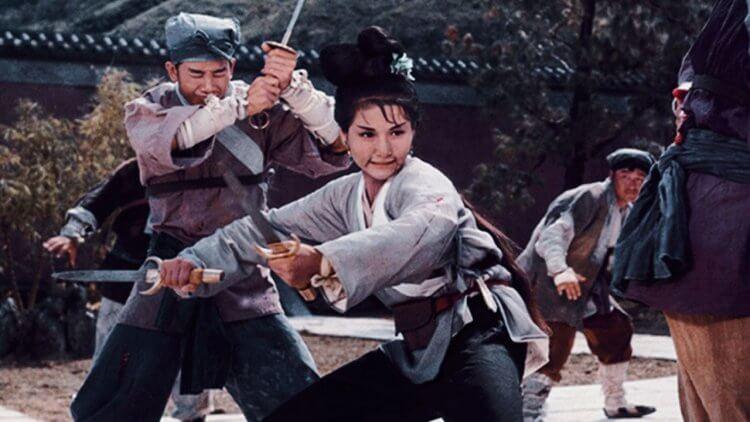 鄭佩佩的《大醉俠》《金燕子》吹起女俠旋風。