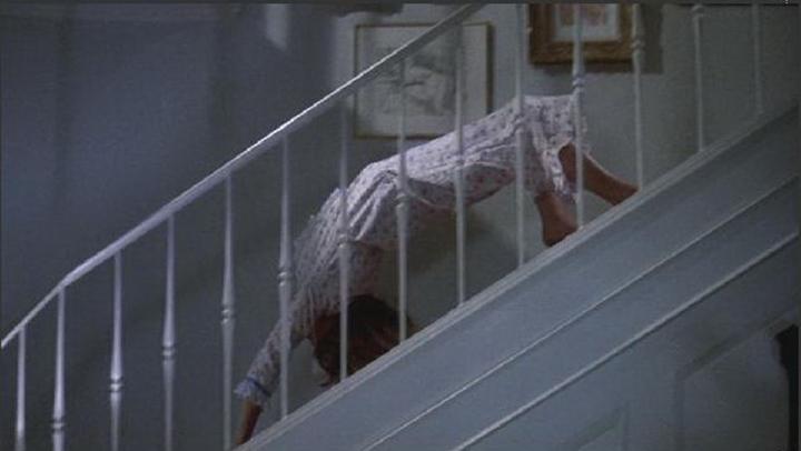 《 大法師 》 下樓梯 的經典片段。