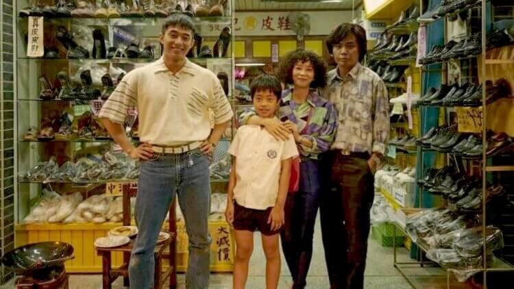 公視魔幻影集《天橋上的魔術師》:住在中華商場的人們,都穿些什麼呢?首圖