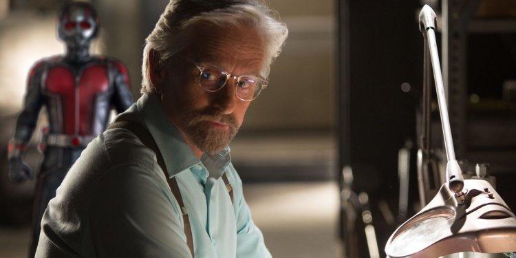 漫威超級英雄電影《蟻人》中的「皮姆博士」麥克道格拉斯。