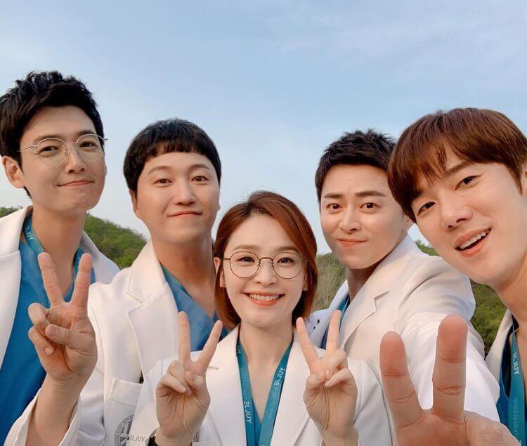 田美都初次主演電視劇《機智醫生生活》就廣獲好評