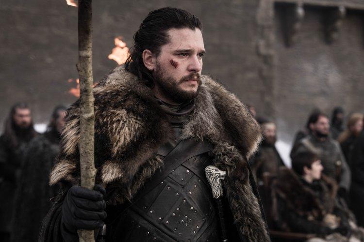 HBO 史詩影集《冰與火之歌:權力遊戲》系列中,飾演瓊恩雪諾的基特哈靈頓。