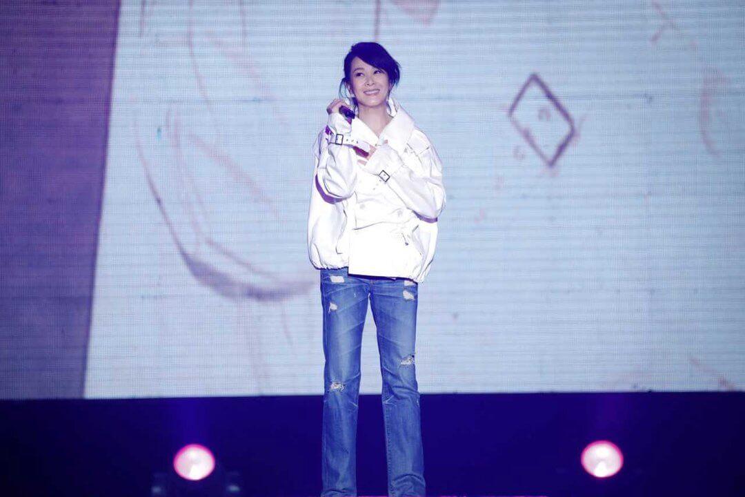 劉若英 從歌手身份轉戰 導演,帶來《 後來的我們 》好成績