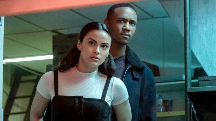 【線上看】Netflix 驚悚電影《危險謊言》結局解釋:繼承病患遺產,年輕看護的「意外」之財真能翻轉苦日子嗎首圖