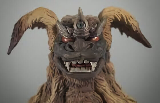 出現在《哥吉拉對機械哥吉拉》電影當中,沖繩的守護神獸「西薩王」。