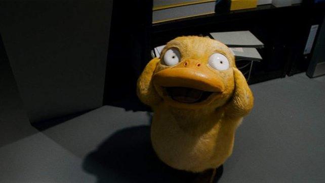《Pokémon 名偵探皮卡丘》最新預告片段  指導你如何安撫頭痛的可達鴨首圖