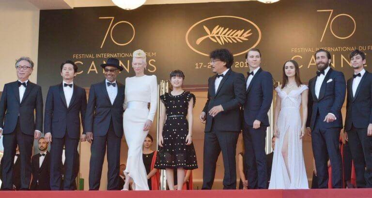 2017 年坎城影展競賽片《玉子》便是由 Netflix 推出,以「限定上映」模式爭取參賽奧斯卡資格的電影。