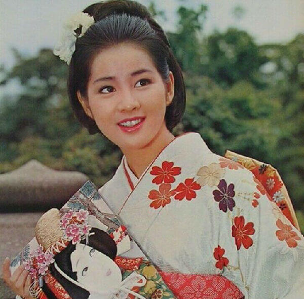 日本 國寶 級 影后 吉永小百合 在《 北之櫻守 :媽媽的守護者》 電影 中有令人感淚的演出。