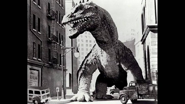 1953 年美國定格動畫電影《原子怪獸》中的利多龍,其實是《哥吉拉》《酷斯拉》的大學長。