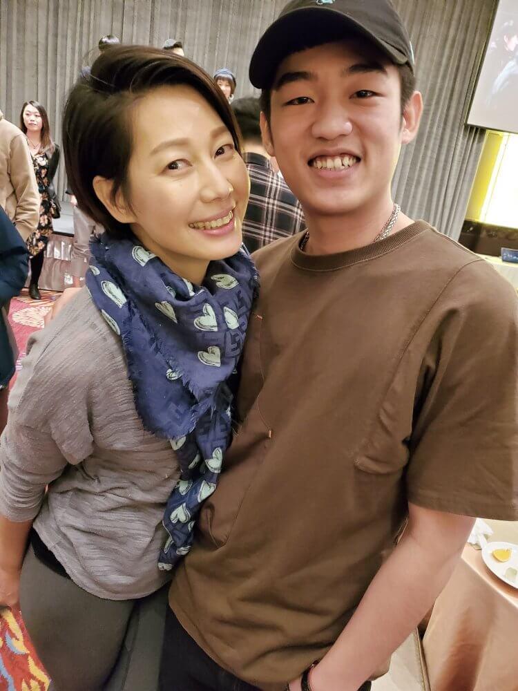 共同參與台劇影集《火神的眼淚》演出的丁寧、謝章穎。